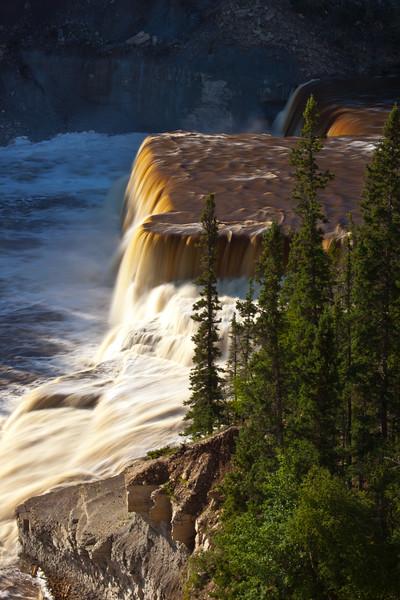 NT-2010-021: Twin Falls Gorge Territorial Park, South Slave Region, NT, Canada