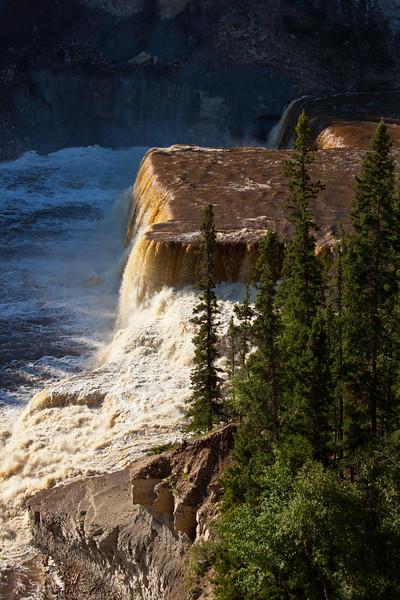 NT-2010-019: Twin Falls Gorge Territorial Park, South Slave Region, NT, Canada