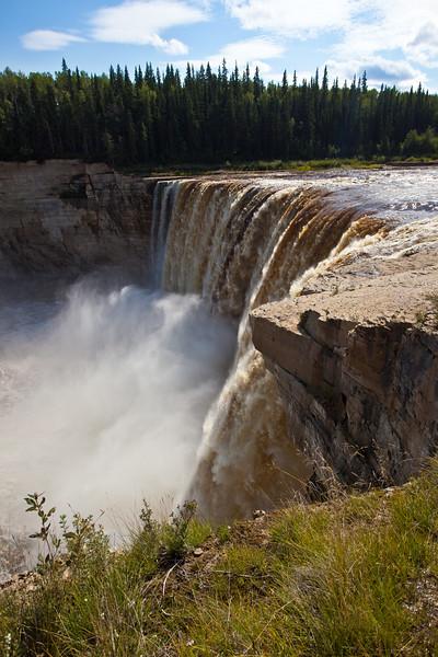 NT-2010-001: Twin Falls Gorge Territorial Park, South Slave Region, NT, Canada