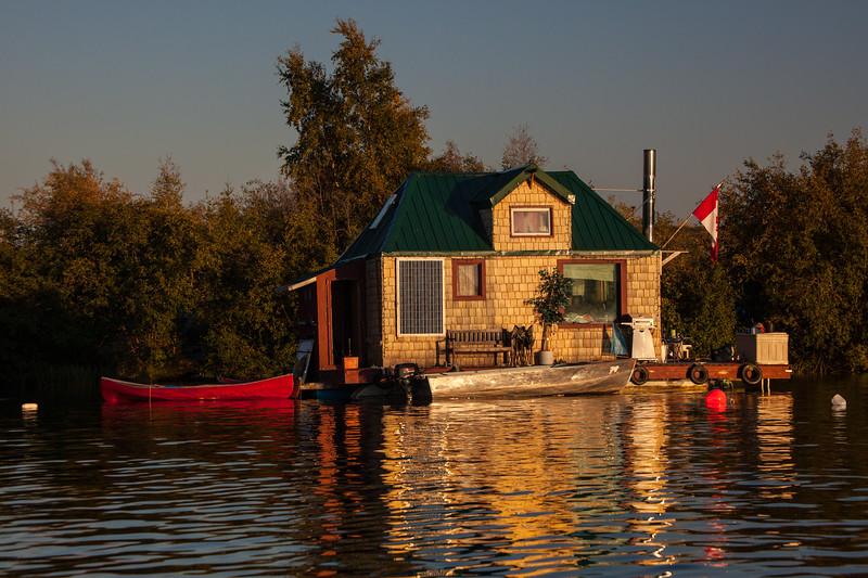 NT-2013-100: Yellowknife, North Slave Region, NT, Canada