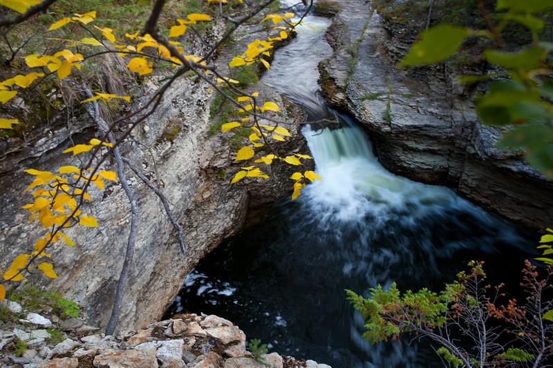 NT-2010-091: Wallace Creek Falls, South Slave Region, NT, Canada