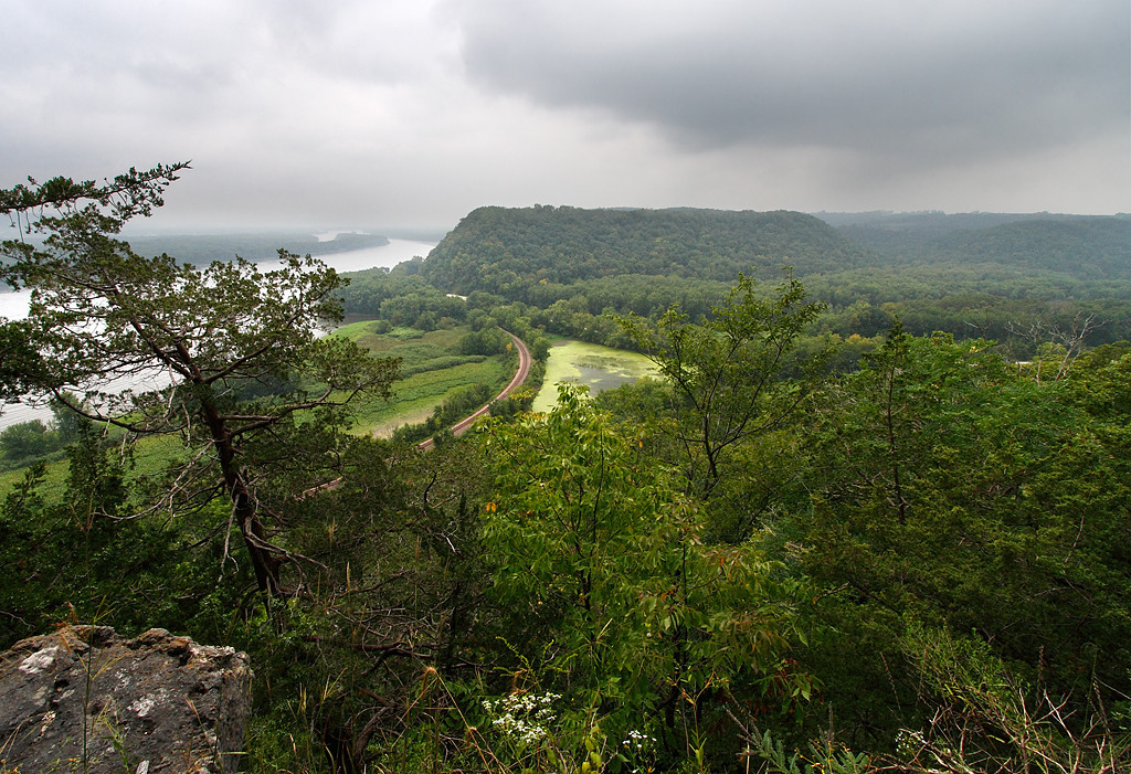 Eagle Rock Lookout - Effigy Mounds National Monument