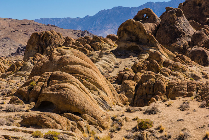 Heart Arch at the Alabama Hills
