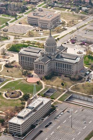 20120317_OklahomaCity_AerialPhotography_StateCapitol-1