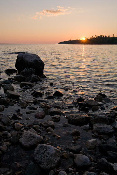 ON-2008-120: Lake Superior Provincial Park, Algoma District, ON, Canada