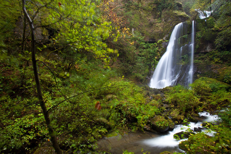 OR-2009-043: Elk Creek Falls, Coos County, OR, USA