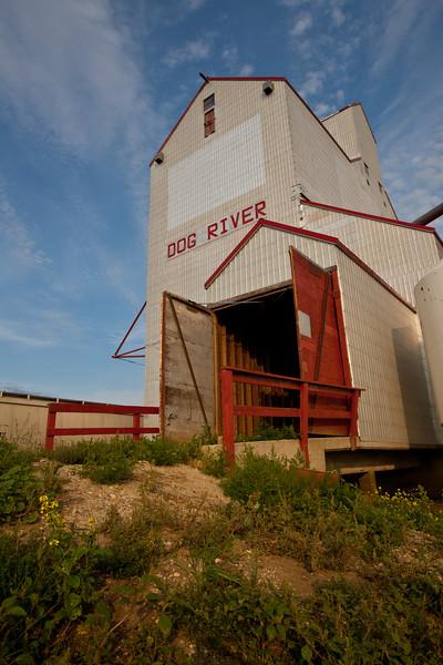 SK-2010-014: Rouleau, Redburn 130, SK, Canada