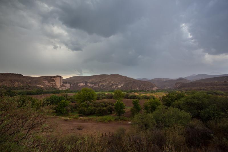 SON-2012-010: Tetuachi, Mpo. Arizpe, Sonora, Mexico