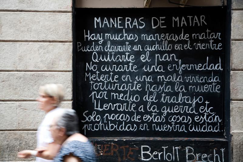 Bertold Brecht's poem on a wall, town of Barcelona, autonomous commnunity of Catalonia, northeastern Spain