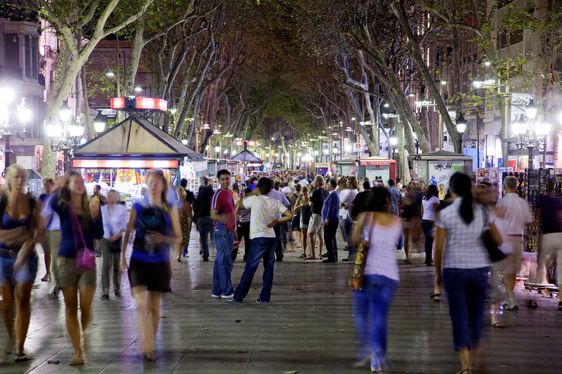 Las Ramblas by night, town of Barcelona, autonomous commnunity of Catalonia, northeastern Spain