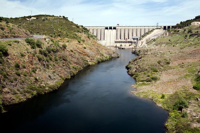 Alcantara dam, Tagus river, province of Caceres, Spain