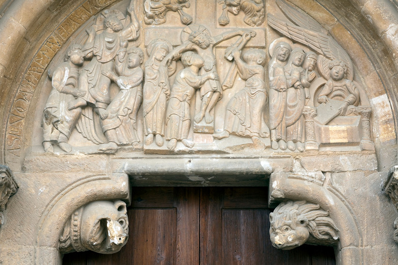 Romanesque carving on a doorway, San Isidoro basilica, town of Leon, autonomous community of Castilla y Leon, northern Spain
