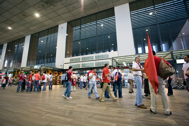 Taken in Santa Justa Railway Station (Seville, Spain), where thousands of Sevilla FC fans were boarding trains to go to Madrid for the Spain's Cup (Copa del Rey) final game between their team and Getafe CF, 23th June 2007.