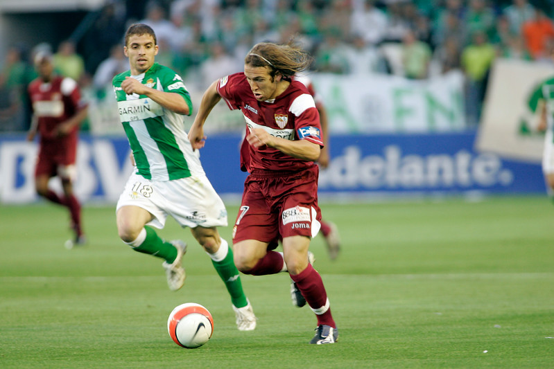 Diego Capel (Sevilla) pursued by Rivera (Betis). Local derby between Real Betis and Sevilla FC, Ruiz de Lopera stadium, Seville, Spain, 11 May 2008.