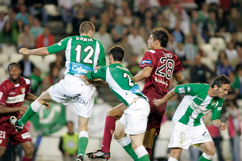 Fazio (Sevilla) scoring a goal after heading the ball. Local derby between Real Betis and Sevilla FC, Ruiz de Lopera stadium, Seville, Spain, 11 May 2008.