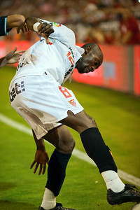 Zokora keeping the ball. Spanish League game between Sevilla FC and Real Madrid, Sanchez Pizjuan Stadium, Seville, Spain, 4 October 2009