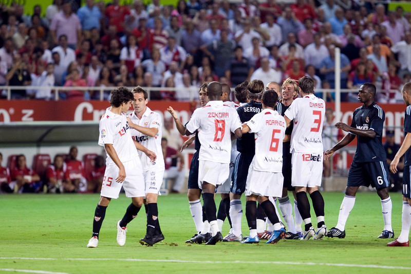 Sevilla and Real Madrid players quarreling, Spanish League game between Sevilla FC and Real Madrid, Sanchez Pizjuan Stadium, Seville, Spain, 4 October 2009