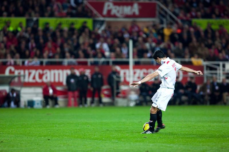 Renato about to shoot. Spanish Liga game between Sevilla FC and Valencia CF. Sanchez Pizjuan stadium, Seville, Spain, 31 January 2010