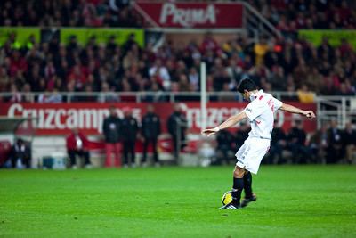 Renato about to shoot. Spanish Liga game between Sevilla FC and Valencia CF. Sanchez Pizjuan stadium, Seville, Spain, 31 January 2010