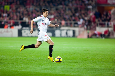 Navas running with the ball. Spanish Liga game between Sevilla FC and Valencia CF. Sanchez Pizjuan stadium, Seville, Spain, 31 January 2010