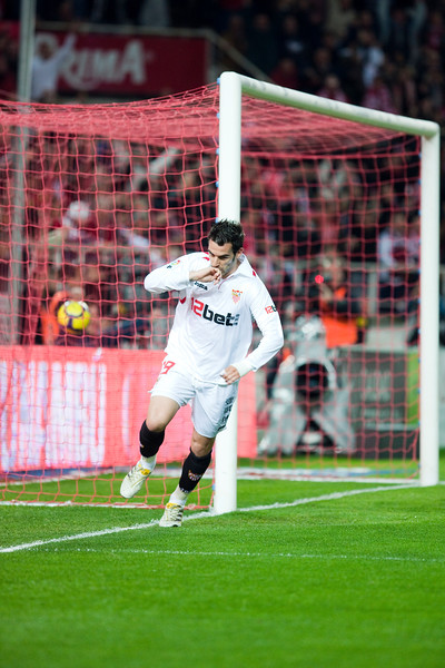 Negredo celebrates a goal. Spanish Liga game between Sevilla FC and Valencia CF. Sanchez Pizjuan stadium, Seville, Spain, 31 January 2010