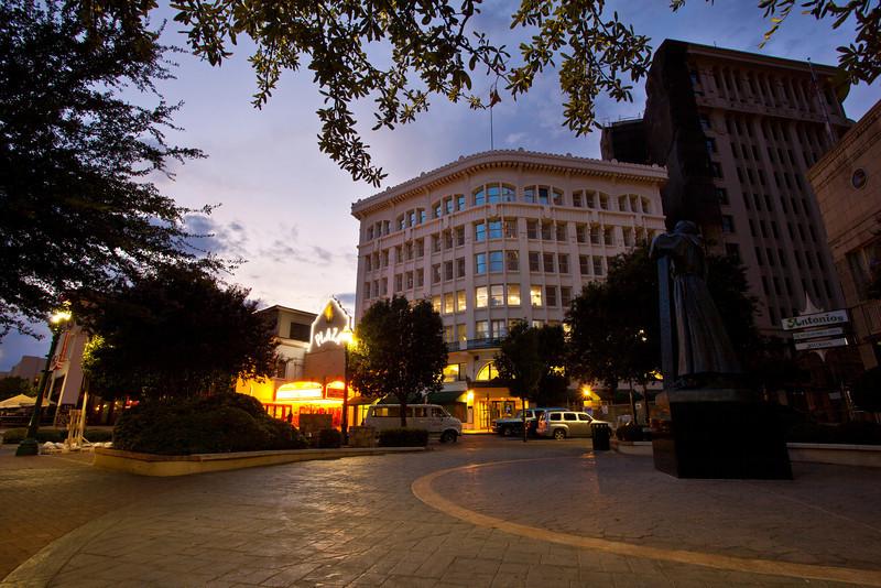 TX-2009-114: El Paso, El Paso County, TX, USA