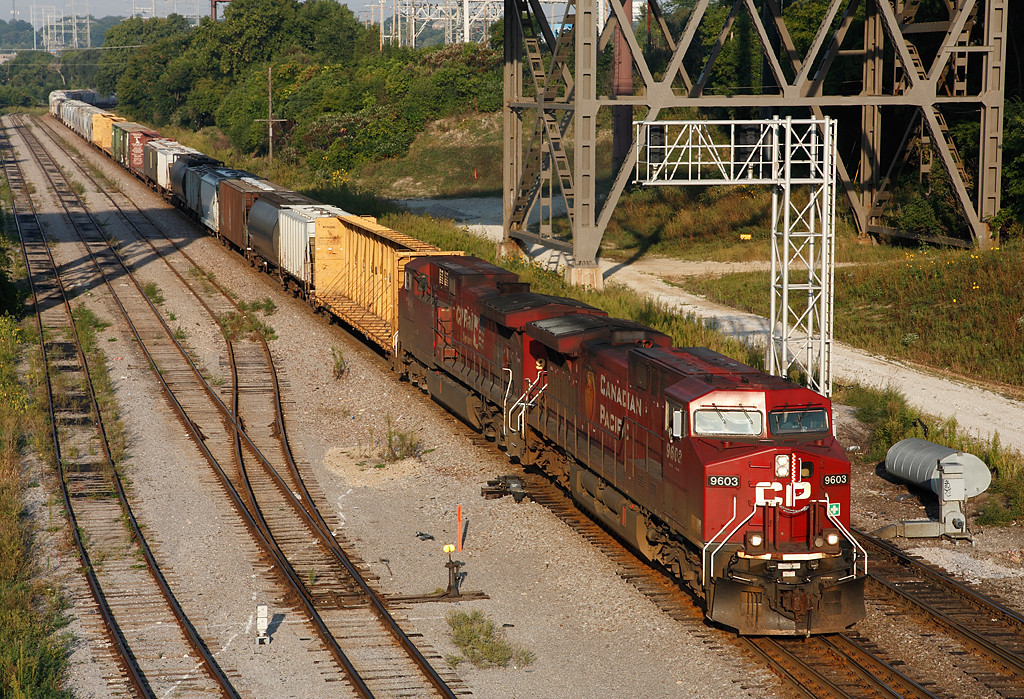 Canadian Pacific 9603 (GE AC4400CW) - Milwaukee, WI