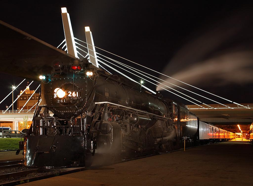 Milwaukee Road 261 (American Locomotive Company 4-8-4) - Milwaukee, WI