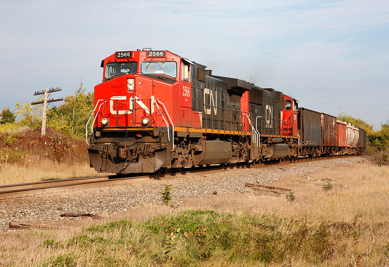 Canadian National 2566 (GE C44-9W) - Richfield, WI