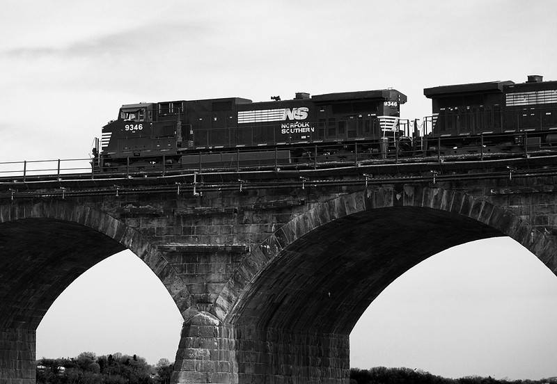 Norfolk Southern 9346 (GE C40-9W) - Rockville Bridge (Marysville, PA)