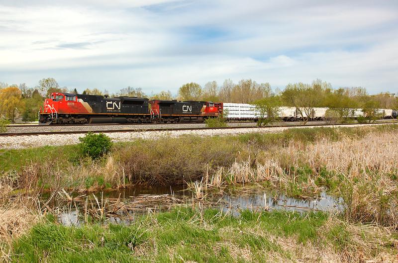 Canadian National 8928 (EMDI SD70M-2) - Richfield, WI