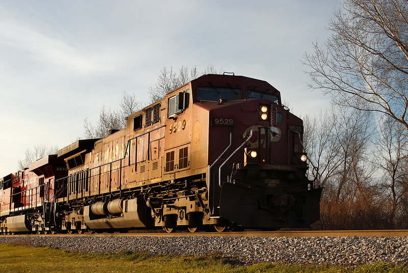 Candian Pacific 9529 (GE AC4400CW) - Brookfield, WI