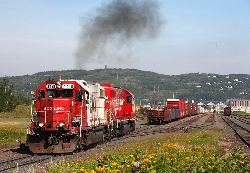 Soo Line 4419 (EMD GP38-2) - Rice Point Yard (Duluth, MN)