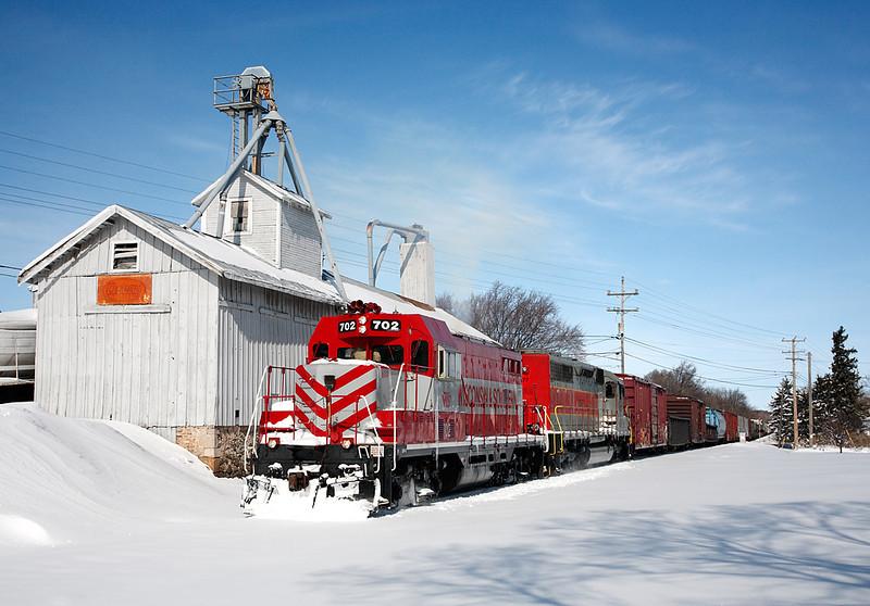 Wisconsin & Southern 702 (GP7) - Richfield, WI