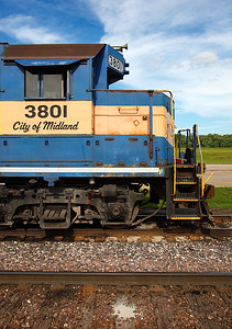 Dakota, Minnesota & Eastern 3801 (EMD GP38) - Clinton, IA