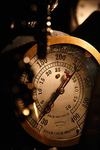 Steam Chest Pressure Gauge - Milwaukee Road 261 (American Locomotive Company 4-8-4)