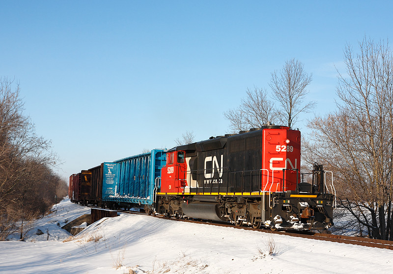 Candian National 5289 (GMD SD40-2W) - Jackson, WI