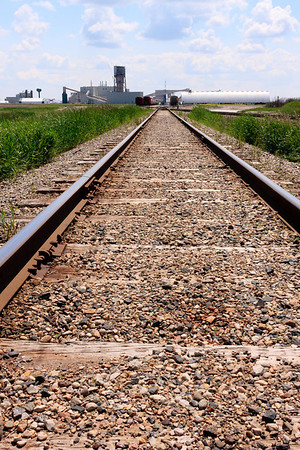 Train tracks to mine site
