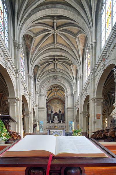 Interior of Sainte Anne Basilica, town of Sainte Anne d'Auray, departement of Morbihan, Brittany, France