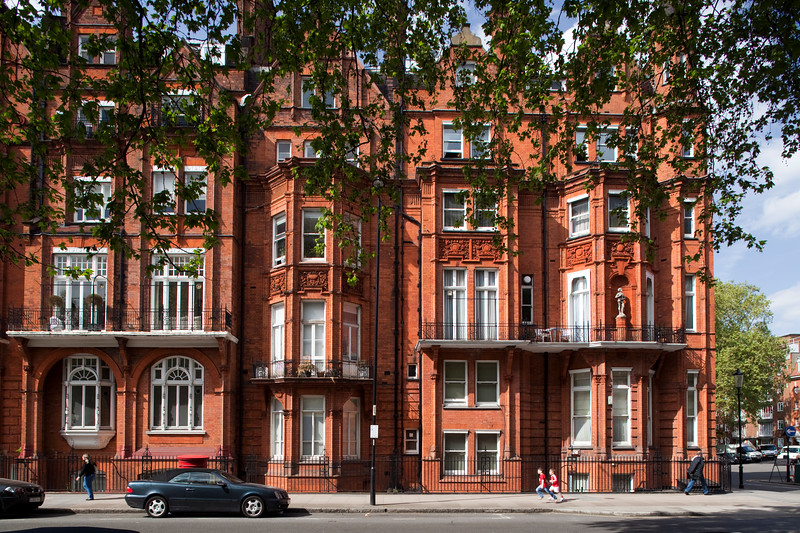 Victorian building in red brick, partly designed by John James Stevenson (circa 1880), Pont street, Kensington, London, England, United Kingdom