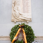 Memorial devoted to the Trastevere partisans who fell in action during the Second World War. The Italian sign says: