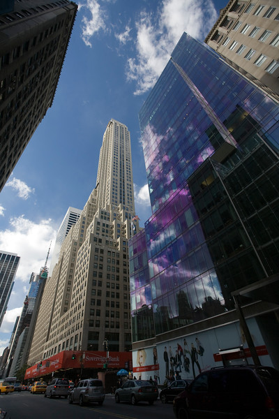 500 Fifth Avenue building from 42th street, NYC, USA