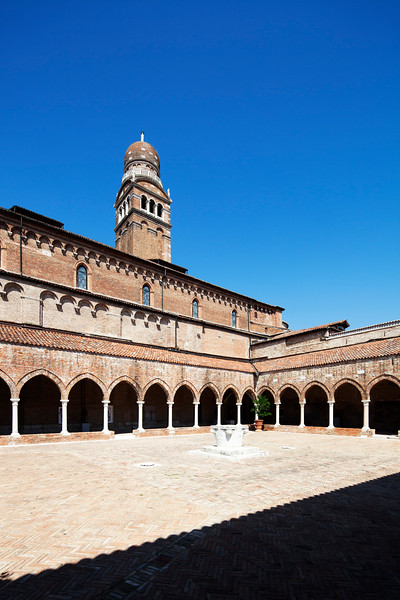 Cloister of the Madonna dell'Orto church, Cannaregio, Venice, Italy