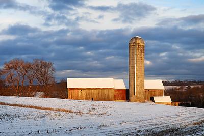 Fading Misdirection - Dorhman Barn (Kekoskee, WI)