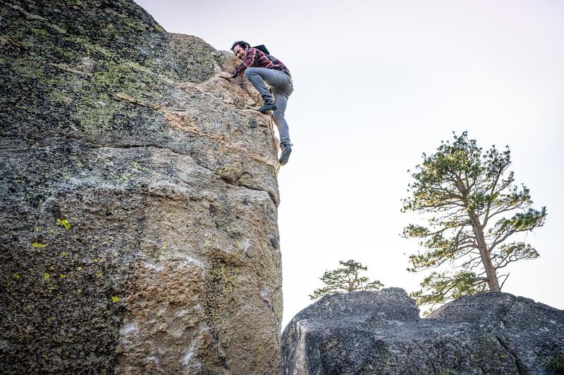 Bouldering Donner Summit