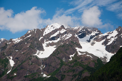 Snow covered mountains in Kenai Fjords National Park