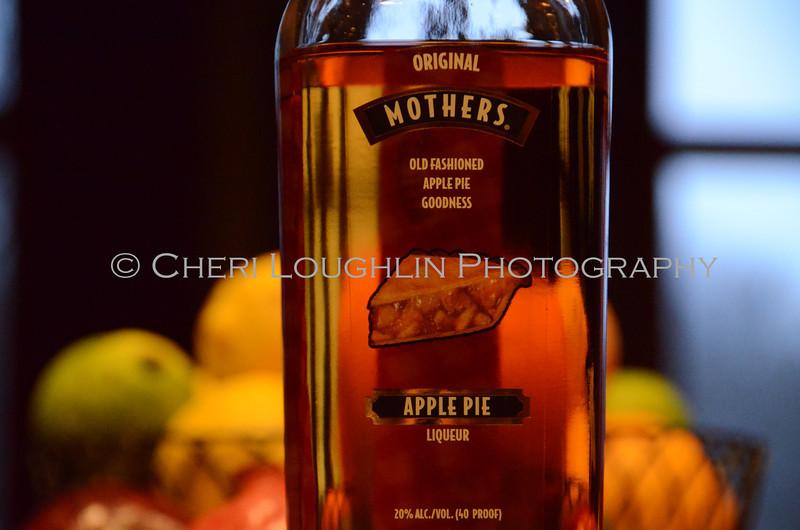 Mothers Apple Pie Liqueur 023