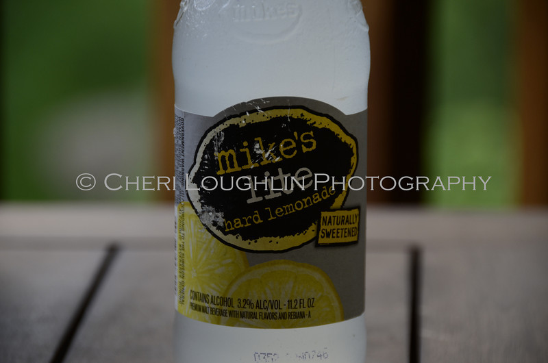 Mikes Light Hard Lemonade 005