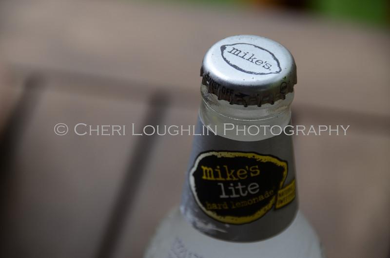 Mikes Light Hard Lemonade 009
