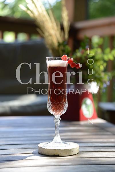 Pomegranate Royale Prosecco Cocktail 008